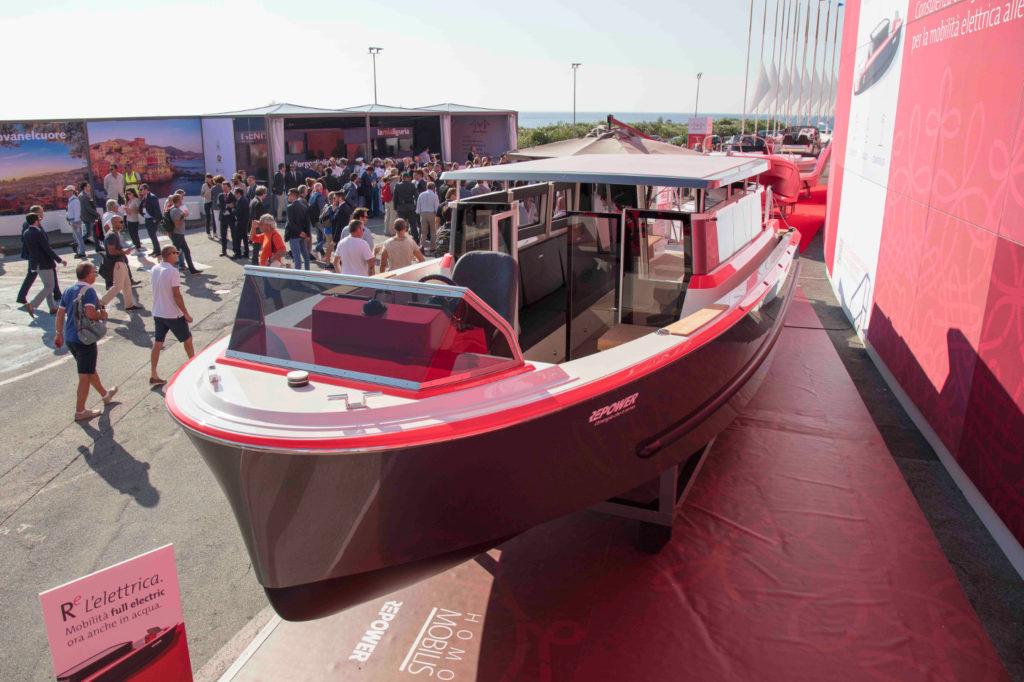 Imbarcazione Repower full electric
