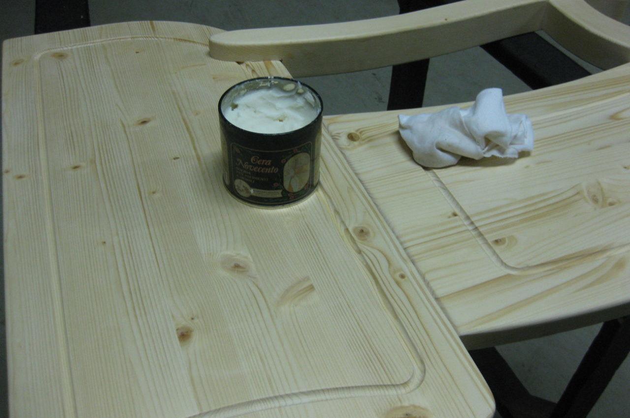 Lucidatura a mano legno massello