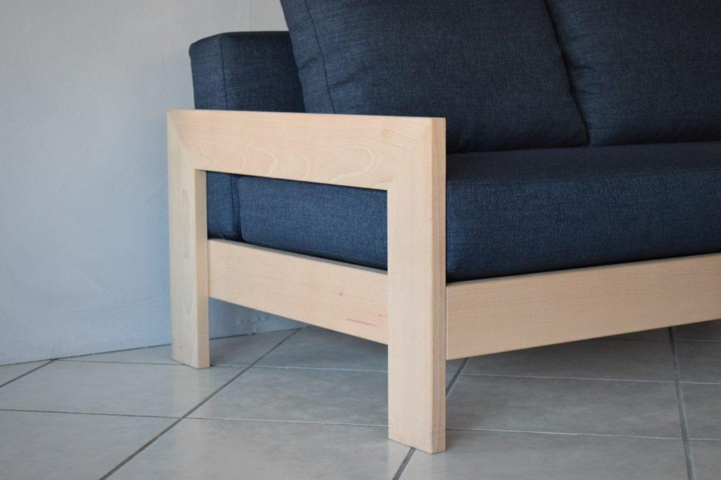 Outlet divani Seregno - Divano 2 posti in legno massello ...